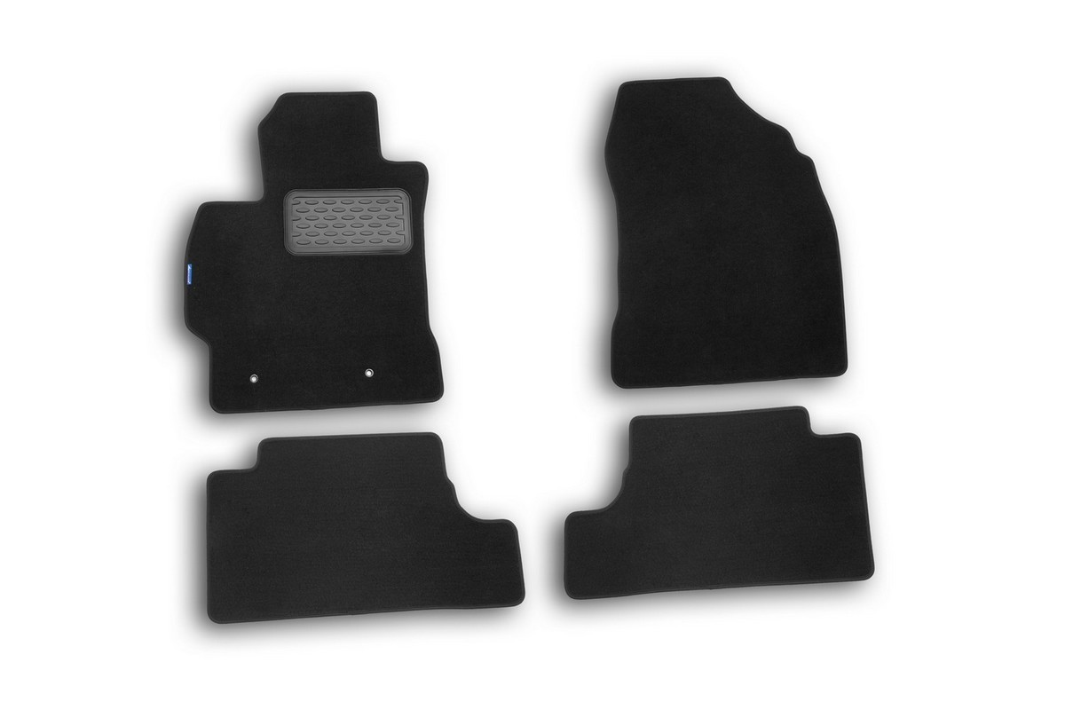 Набор автомобильных ковриков Novline-Autofamily для Toyota Corolla 2007-, седан, в салон, 4 штАксион Т-33Набор автомобильных ковриков Novline-Autofamily, изготовленный из текстиля, состоит из 4 ковриков, которые учитывают все особенности каждой модели автомобиля и полностью повторяют контуры пола. Текстильные автомобильные коврики для салона произведены из высококачественного материала, который держит форму, прочный и не пачкает обувь. Коврики в салон не только улучшат внешний вид салона вашего автомобиля, но и надежно уберегут его от пыли, грязи и сырости, а значит, защитят кузов от коррозии. Текстильные коврики для автомобиля мягкие и приятные, а их основа из вспененного полиуретана не пропускает влагу. Ковры для автомобилей надежно крепятся на полу и не скользят, что очень важно во время движения. Чистятся коврики очень просто: как при помощи автомобильного пылесоса, так и различными моющими средствами. Набор подходит для Toyota Corolla седан с 2007 года выпуска.