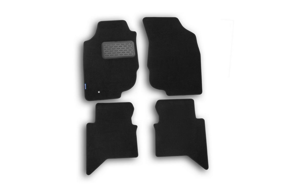Набор автомобильных ковриков Novline-Autofamily для Toyota Hilux 2010-, пикап, в салон, 4 шт. NLT.48.54.11.110kh98298130Набор автомобильных ковриков Novline-Autofamily, изготовленный из текстиля, состоит из 4 ковриков, которые учитывают все особенности каждой модели автомобиля и полностью повторяют контуры пола. Текстильные автомобильные коврики для салона произведены из высококачественного материала, который держит форму, прочный и не пачкает обувь. Коврики в салон не только улучшат внешний вид салона вашего автомобиля, но и надежно уберегут его от пыли, грязи и сырости, а значит, защитят кузов от коррозии. Текстильные коврики для автомобиля мягкие и приятные, а их основа из вспененного полиуретана не пропускает влагу. Ковры для автомобилей надежно крепятся на полу и не скользят, что очень важно во время движения. Чистятся коврики очень просто: как при помощи автомобильного пылесоса, так и различными моющими средствами. Набор подходит для Toyota Hilux пикап с 2010 года выпуска.