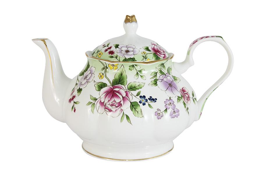 Чайник заварочный Colombo Лаура, 1,2 л115510Заварочный чайник Colombo Лаура сочетает в себе изысканный дизайн с максимальной функциональностью. Красочность оформления придется по вкусу и ценителям классики, и тем, кто предпочитает современный стиль. Чайник выполнен из костяного фарфора. Нежный цветочный рисунок придает модели особый шарм, который понравится каждому.Объем чайника: 1,2 л.