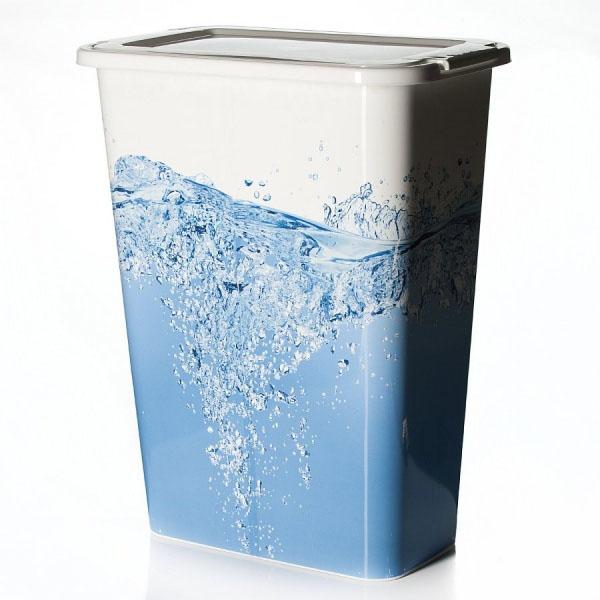 Корзина для белья Idea Вода, узкая, 35 л531-105Узкая корзина для белья Idea Вода изготовлена из высокопрочного износостойкого пластика и оформлена красочным рисунком. Предназначена для хранения грязного белья перед стиркой. Изделие снабжено удобной крышкой. Благодаря яркому необычному дизайну, такая корзина станет настоящим украшением ванной комнаты.