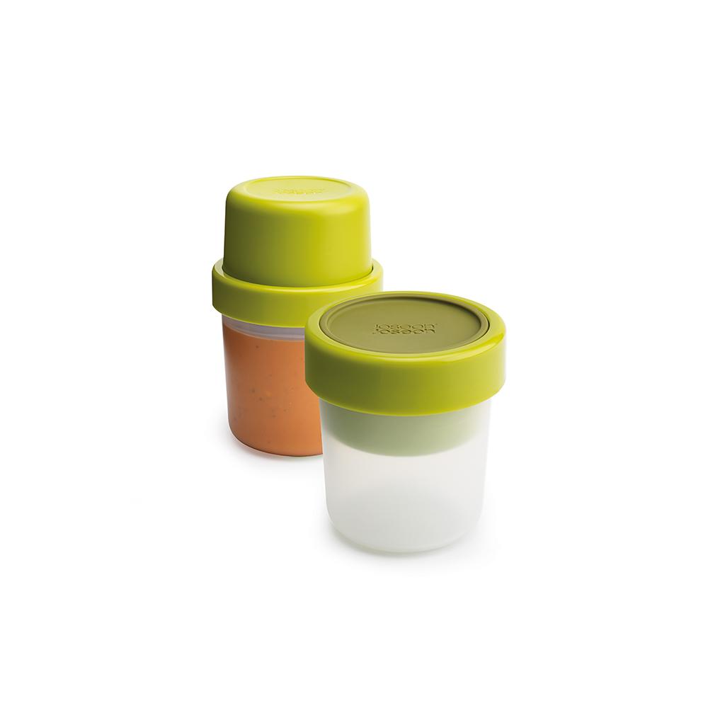 Ланч-бокс для супа Joseph Joseph GoEat, цвет: зеленый. 8102781027Ланч-бокс для супа Joseph Joseph GoEat-новая линейка универсальных контейнеров с отдельными ёмкостями для разных продуктов, специально разработана для того, чтобы вы могли брать с собой в офис или на прогулку разные блюда для полноценного обеда. Герметичный контейнер Space-saving soup pot, специально разработан, чтобы вы могли брать с собой ваш любимый суп или рагу. Основное отделение вмещает полноценную порцию 600 мл, а в верхнее отделение вы можете положить гренки или хлеб - идеальное дополнение к первому блюду.Все контейнеры имеют герметичную силиконовую крышку и надёжное блокирующее кольцо, что гарантирует сохранность продуктов и обезопасит от протекания.Когда контейнеры пустые, они легко складываются друг в друга для удобной переноски.Верхняя ёмкость - 300 мл. Нижняя ёмкость - 600 мл.Можно мыть в посудомоечной машине. Контейнеры можно разогревать в микроволновой печи, предварительно удалив кольцо и крышку.