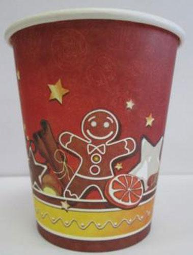 Набор одноразовых стакнанов Huhtamaki Зима, бумажные, 250 мл, 50 штVT-1520(SR)Одноразовые стаканы Huhtamaki Зима изготовлены из плотной бумаги и оформлены оригинальным новогодним рисунком. Изделия предназначены для подачи горячих и холодных напитков. Вы можете взять стаканы с собой на природу, в парк, на пикник и наслаждаться вкусными напитками. Несмотря на то, что стаканы бумажные, они очень прочные и не промокают. Диаметр (по верхнему краю): 7,5 см. Высота: 8,8 см.