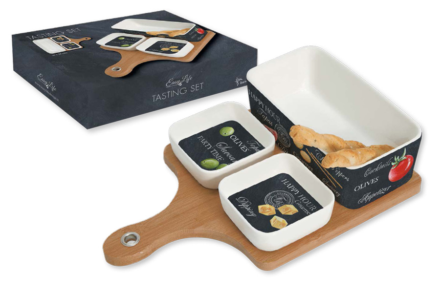 Набор посуды для закусок Nuova R2S, 4 предмета115510Набор посуды для закусок Nuova R2S состоит из двух тарелок, салатника и бамбуковой доски-подставки. Салатник и тарелки выполнены из высококачественного фарфора. Изделия легкие и прочные. Нанесение сверкающей глазури, не содержащей свинца, придает посуде превосходный блеск и особую прочность. Емкости украшены изображением продуктов и надписями. Такой набор идеально подойдет для сервировки различных соусов и закусок, например, фисташек или оливок. Он станет практичным приобретением и подчеркнет ваш прекрасный вкус. Диаметр тарелок: 8,5 см. Размер салатника: 17 х 9 см.