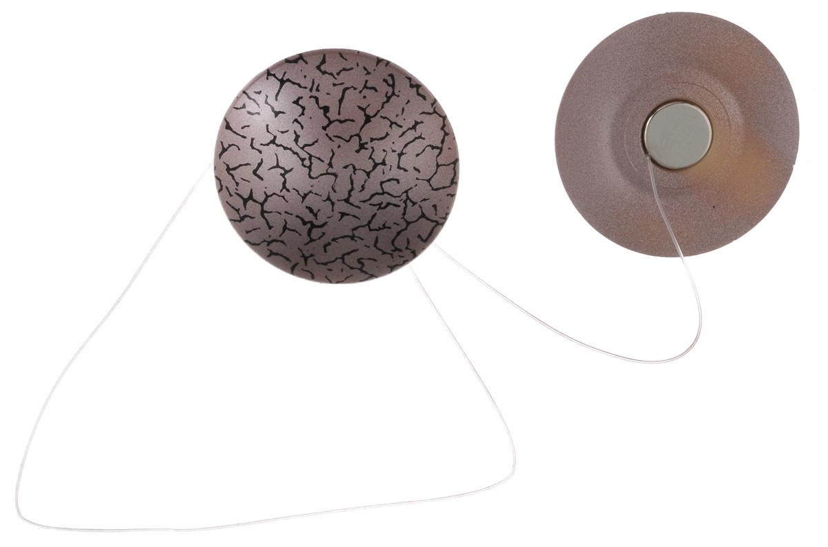 Клипсы магнитные для штор SmolTtx Мелкие трещины, с леской, цвет: сиреневый, длина 33,5 см, 2 шт1004900000360Магнитные клипсы SmolTtx Мелкие трещины предназначены для придания формы шторам. Изделие представляет собой соединенные леской два элемента, на внутренней поверхности которых расположены магниты.С помощью такой клипсы можно зафиксировать портьеры, придать им требуемое положение, сделать складки симметричными или приблизить портьеры, скрепить их.Следует отметить, что такие аксессуары для штор выполняют не только практическую функцию, но также являются одной из основных деталей декора, которая придает шторам восхитительный, стильный внешний вид. Длина клипсы (с учетом лески): 33,5 см. Диаметр клипсы: 3,5 см.