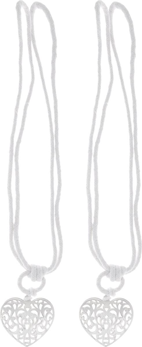 Подхват для штор Wehome Ажурное сердце, цвет: серебристый, длина 72 см, 2 шт7710623_серебряныйПодхват для штор Wehome Ажурное сердце выполнен из металла и представляет собой плотный канат с украшением в виде сердца. Подхват - это основной вид фурнитуры в декоре штор, сочетающий в себе не только декоративную функцию, но и практическую - регулировать поток света. Такой аксессуар способен украсить любую комнату.Длина подхвата: 72 см. Размер украшения: 5,3 см х6 см.