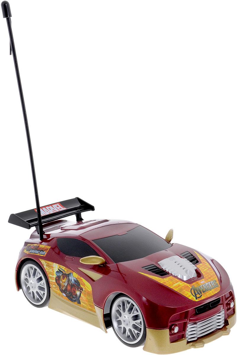 """Машина на двухканальном радиоуправлении Majorette """"Железный человек"""" станет отличным подарком для юного автолюбителя. Игрушка выполнена из прочного материала. Автомобиль является моделью супергероя """"Железный Человек"""", который является героем фильма Мстители. Пульт управления имеет функцию """"турбо"""" и семь функций движения: вперед-влево-вправо, назад-влево-вправо, стоп. Возможность переключения частот (27/40 MHZ) позволяет играть с несколькими машинками одновременно. Представлена модель в масштабе 1:24. Управлять машиной легко и просто. Порадуйте своего мальчика таким замечательным подарком! Машина работает от 3 батареек напряжением 1,5V типа АА (не входят в комплект). Пульт управления работает от 2 батареек напряжением 1,5V типа AAА (не входят в комплект)."""
