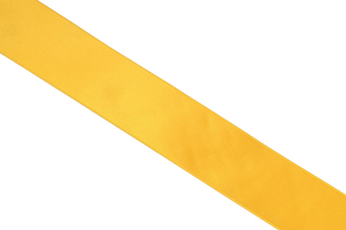 Лента атласная Prym, цвет: золотистый, ширина 38 мм, длина 25 мC0038550Атласная лента Prym изготовлена из 100% полиэстера. Область применения атласной ленты весьма широка. Изделие предназначено для оформления цветочных букетов, подарочных коробок, пакетов. Кроме того, она с успехом применяется для художественного оформления витрин, праздничного оформления помещений, изготовления искусственных цветов. Ее также можно использовать для творчества в различных техниках, таких как скрапбукинг, оформление аппликаций, для украшения фотоальбомов, подарков, конвертов, фоторамок, открыток и многого другого.Ширина ленты: 38 мм.Длина ленты: 25 м.