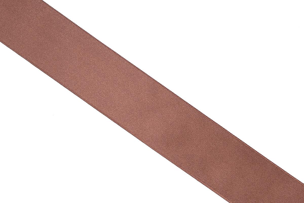 Лента атласная Prym, цвет: шоколадный, ширина 38 мм, длина 25 м695806_23Атласная лента Prym изготовлена из 100% полиэстера. Область применения атласной ленты весьма широка. Изделие предназначено для оформления цветочных букетов, подарочных коробок, пакетов. Кроме того, она с успехом применяется для художественного оформления витрин, праздничного оформления помещений, изготовления искусственных цветов. Ее также можно использовать для творчества в различных техниках, таких как скрапбукинг, оформление аппликаций, для украшения фотоальбомов, подарков, конвертов, фоторамок, открыток и многого другого.Ширина ленты: 38 мм.Длина ленты: 25 м.