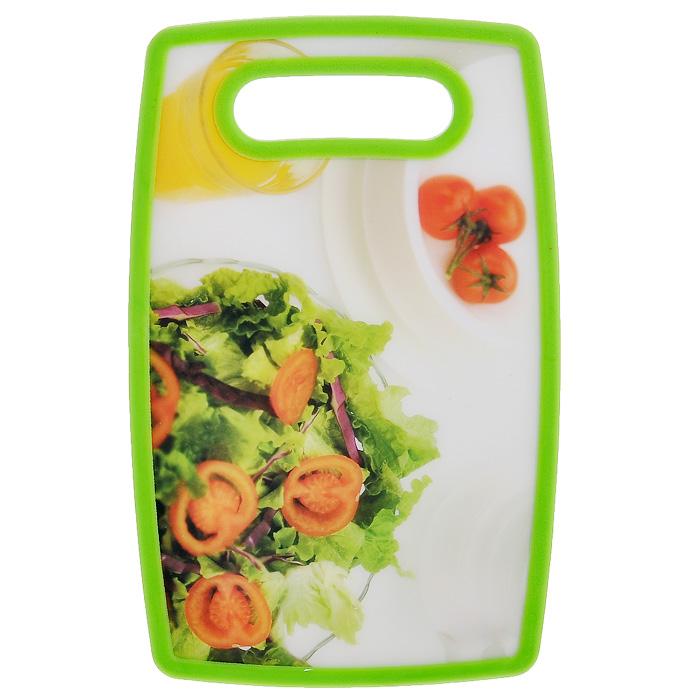 Доска разделочная Hausmann Салат, 16 х 25 смFS-91909Прямоугольная разделочная доска Hausmann Салат с антибактериальным покрытием, выполненная из полипропилена, станет незаменимым аксессуаром на вашей кухни. Лицевая сторона доски оформлена красочным изображением салата. Такая доска прекрасно подойдет для нарезки любых продуктов. Доска устойчива к деформации, не разрушается. Не скользит по поверхности стола, что обеспечивает безопасную нарезку продуктов. Функциональная и простая в использовании, разделочная доска Hausmann Салат разнообразит и освежит интерьер кухни, а также прослужит вам долгие годы.Можно мыть в посудомоечной машине.Размер доски: 16 см х 25 см х 1,3 см.