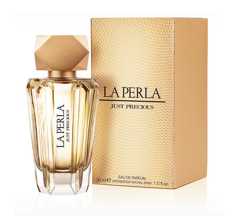 La Perla JUST PRECIOUS WOMAN парфюмированная вода 50 мл13045Цветочные, цитрусовые. Бергамот, мандарин, цветок апельсина, ваниль, пачули, сандаловое дерево, янтарь, иланг-иланг, пион