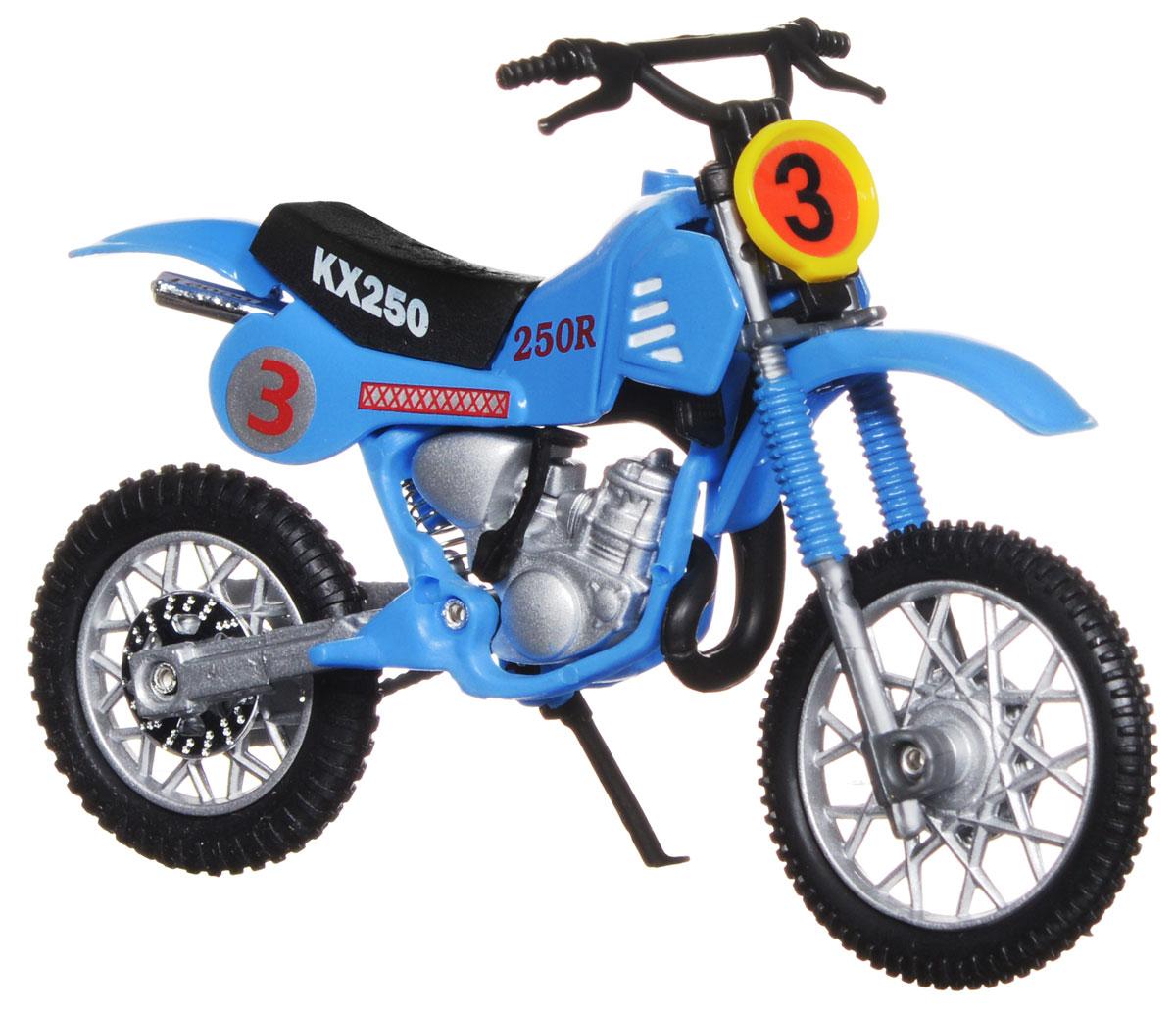 """Кроссовый мотоцикл Dickie Toys """"№3"""" непременно понравится любому маленькому гонщику. Мотоцикл выполнен из прочного безопасного пластика, его колесики прорезинены для лучшего сцепления с поверхностью пола. Мотоцикл оснащен откидывающейся боковой ножкой и оформлен красочными стикерами. Яркий, реалистичный мотоцикл, выполненный с вниманием к деталям, станет отличным дополнением к автопарку вашего малыша! Ваш ребенок часами будет играть с такой игрушкой, придумывая различные истории и устраивая соревнования. Порадуйте его таким замечательным подарком!"""