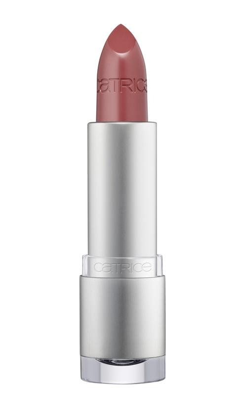 CATRICE Губная помада Luminous Lips Lipstick 120 Wood Rose Propose? розовое дерево, 3,5грSC-FM20104Благодаря уникальному составу, в который входит гиалуроновая кислота, губная помада из линейки Luminous Lips от CATRICE поможет сделать губы более соблазнительными и визуально увеличить их.У помады мягкая текстура, благодаря которой она практически не ощущается на губах, и сияющий полупрозрачный финиш