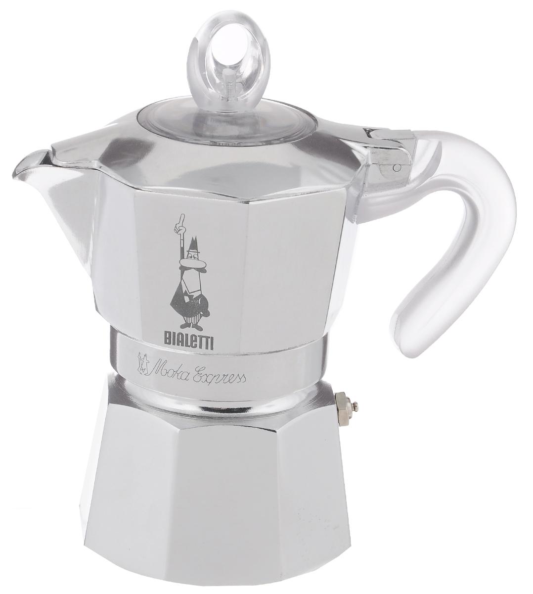 Гейзерная кофеварка Bialetti Moka Glossy, цвет: стальной, на 3 чашки94672Компактная гейзерная кофеварка Bialetti Moka Glossy изготовлена из высококачественного алюминия. Объема кофе хватает на 3 чашки. Изделие оснащено удобной ручкой из пластика.Принцип работы такой гейзерной кофеварки - кофе заваривается путем многократного прохождения горячей воды или пара через слой молотого кофе. Удобство кофеварки в том, что вся кофейная гуща остается во внутренней емкости. Гейзерные кофеварки пользуются большой популярностью благодаря изысканному аромату. Кофе получается крепкий и насыщенный. Теперь и дома вы сможете насладиться великолепным эспрессо. Подходит для газовых, электрических и стеклокерамических плит. Нельзя мыть в посудомоечной машине. Высота (с учетом крышки): 17 см.