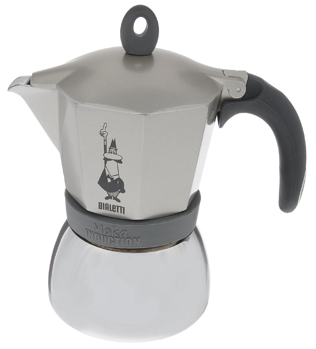 Кофеварка гейзерная Bialetti Moka Induction, цвет: серый, на 6 чашек115610Компактная гейзерная кофеварка Bialetti Moka Induction изготовлена из высококачественного алюминия и стали. Объема кофе хватает на 6 чашек. Изделие оснащено удобной обрезиненной ручкой.Принцип работы такой гейзерной кофеварки - кофе заваривается путем многократного прохождения горячей воды или пара через слой молотого кофе. Удобство кофеварки в том, что вся кофейная гуща остается во внутренней емкости. Гейзерные кофеварки пользуются большой популярностью благодаря изысканному аромату. Кофе получается крепкий и насыщенный. Теперь и дома вы сможете насладиться великолепным эспрессо. Подходит для газовых, электрических, стеклокерамических и индукционных плит. Нельзя мыть в посудомоечной машине. Высота (с учетом крышки): 20 см.
