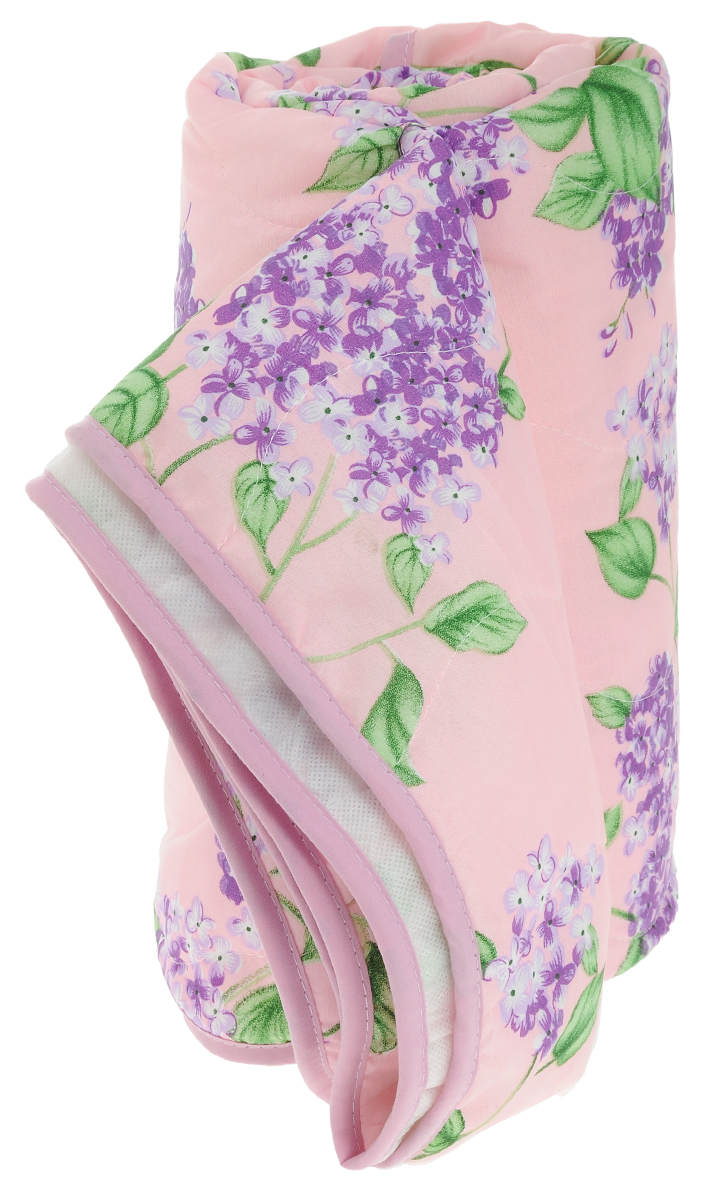 Покрывало стеганое Сирень, цвет: розовый, 180 х 200 смFA-5125 WhiteСтеганое покрывало Сирень прекрасно дополнит интерьер спальни. Верх покрывала выполнен из микрофибры и украшен красивым цветочным рисунком. Внутри - наполнитель из синтепона. Фигурная стежка равномерно удерживает наполнитель в чехле, а окантовка держит форму изделия.Красивое покрывало создаст атмосферу уюта и комфорта в спальне. Рекомендации по уходу:- Ручная и машинная стирка при температуре 40°С.- Гладить при низкой температуре.- Не отбеливать. - Химчистка любым растворителем.Материал верха: микрофибра (100% полиэстер). Наполнитель: синтепон.