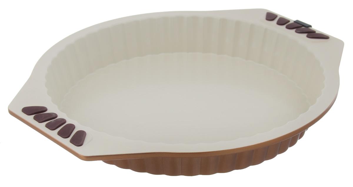 Форма для выпечки Dekok, с керамическим покрытием, круглая, диаметр 27 см54 009312Рифленая форма Dekok выполнена из углеродистой стали. Особое высокотехнологичное антипригарное покрытие BIOCERAMIX с внутренним армированием с использованием природных материалов обеспечивает моментальное снятие выпечки с формы, а также ее легкую очистку после использования. Сохраняет оригинальный цвет в течение долгого времени и обеспечивает простоту ухода за изделием. Покрытие производится без использования перфторо-октановой кислоты, отличные антипригарные свойства сводят к минимуму необходимость использования жиров и позволяют готовить диетические блюда. На ручках имеются силиконовые вставки. Форма выдерживает температуру до 230°C. Подходит для использования в духовке. Можно мыть в посудомоечной машине. Использовать только пластиковые, деревянные или силиконовые аксессуары.С такой формой вы всегда сможете порадовать своих близких оригинальной выпечкой.Внутренний диаметр формы: 27 см.Размер формы с учетом ручек: 34 х 30 см.Высота стенки: 4,5 см.