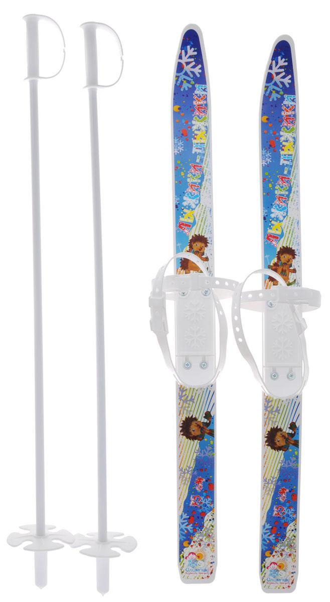 """Детские лыжи Цикл """"Лыжики-пыжики"""" идеально подходят для прогулок и катания с горки. На лыжах предусмотрены удобные универсальные застежки, справиться с которыми ребенок сможет самостоятельно. Лыжи устойчивые, изготовлены из прочного материала, который противостоит морозам (до -20 °C). Металлические лыжные палки с пластиковыми безопасными наконечниками, что очень важно для юных лыжников. Универсальные крепления, которые подходят для повседневной обуви (от 24 до 31 размера) и фиксируется на ноге двумя регулируемыми ремнями. Для зимних развлечений и веселых каникул такие лыжи - в самый раз. Они привьют ребенку любовь к спорту, приучат к активному образу жизни. В набор входит: пара лыж, пара лыжных палок."""