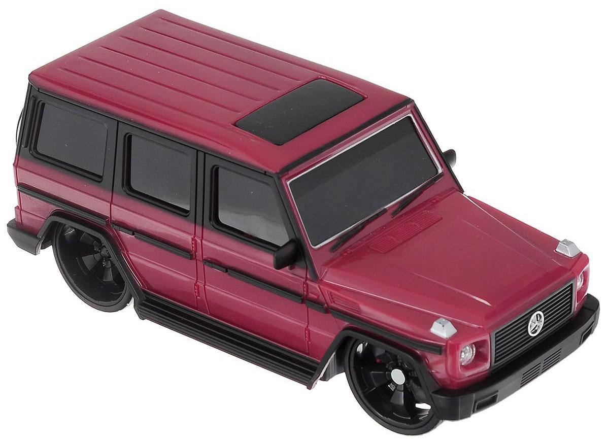 """Радиоуправляемая модель Maisto """"Mercedes-Benz G-Class"""" с ярким привлекающим внимание дизайном обязательно понравится всем любителям красивых машин. Корпус выполнен из высококачественного пластика. Машина представляет собой копию, уменьшенную от реального прототипа в 24 раза. Машина высокодетализирована, с настоящими зеркалами, двери не открываются. Двигается во всех направлениях: вперед, назад, влево, вправо. Имеются световые эффекты: светятся задние и передние фары, поворотники, стоп сигналы. Автомобиль оснащен профессиональным передатчиком с частотой 27 MHz. Управление с помощью дистанционного пульта управления (поставляется в комплекте). В комплекте инструкция по эксплуатации на русском языке. Для работы машины необходимо докупить 2 батарейки напряжением 1,5V типа АА (не входят в комплект). Для работы пульта управления необходимо докупить 2 батарейки напряжением 1,5V типа АА (не входят в комплект)."""