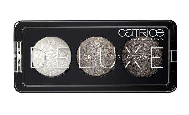 CATRICE Тени для век Deluxe Trio Eyeshadow 020 Meet The Gemstones серые тона, 2,2гр54374Премиум-трио. Три идеально подобранных тона в каждой палетке теней обладают интенсивным цветом и потрясающей стойкостью. Новые запеченные тени CATRICE Deluxe Trio Eyeshadow предлагают впечатляющую палитру оттенков и роскошный шиммерный финиш. Представленные в светло-коричневых, серых и баклажановых тонах, они помогут создать эффектный макияж глаз с мягкими цветовыми переходами.