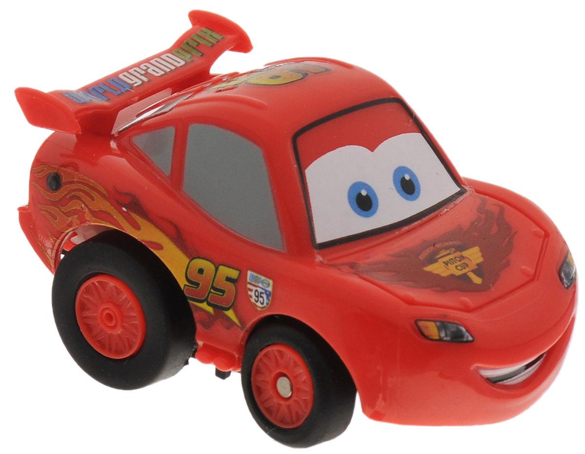 """Машинка на инфракрасном управлении Dickie Toys """"Тачки: McQueen"""" - это полная копия полюбившегося героя мультсериала """"Тачки"""", гоночного автомобиля Молнии МакКуина. Игрушка может двигаться вперед, дает задний ход, поворачивает влево и вправо, останавливается.Точная настройка управления, 2 скорости, подзарядка от пульта дистанционного управления сделают игру комфортной и увлекательной. Машинка на инфракрасном управлении Dickie Toys """"Тачки: McQueen"""" станет отличным подарком поклоннику этого популярного мультфильма! Игрушка работает от встроенного аккумулятора. Для работы пульта управления необходимы 4 батарейки типа ААА (не входят в комплект)."""