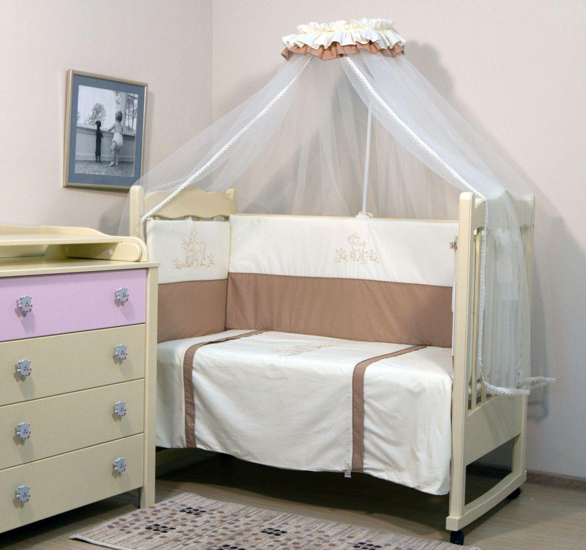Топотушки Комплект детского постельного белья Бамбино цвет бежевый 7 предметов150р-70ХК-дКомплект постельного белья из 7 предметов включает все необходимые элементы для детской кроватки. Комплект создает для Вашего ребенка уют, комфорт и безопасную среду с рождения, современный дизайн и цветовые сочетания помогают ребенку адаптироваться в новом для него мире. Комплекты «Топотушки» хорошо вписываются в интерьер как детской комнаты, так и спальни родителей. Как и все изделия «Топотушки» данный комплект отражает самые последние технологии, является безопасным для малыша и экологичным. Российское происхождение комплекта гарантирует стабильно высокое качество, соответствие актуальным пожеланиям потребителей, конкурентоспособную цену.Комплектация: Балдахин 5м (сетка); охранный бампер 360х50см. (из 4-х частей, наполнитель - холлофайбер); подушка 40х60см. (наполнитель - холлофайбер); одеяло 140х110см. (наполнитель - холлофайбер); наволочка 40х60см; пододеяльник 147х112см; простынь на резинке 120х60см.