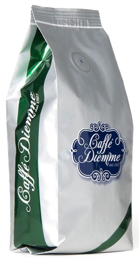 Diemme Caffe Miscela Aromatica кофе в зернах, 0.25 кг0120710Miscela Aromatica - традиционно безукоризненное качество от Diemme. Классический итальянский рецепт и технология обжарки лучших зерен с плантаций Колумбии, Бразилии, Коста-Рики, а так же Танзании и Кении. Незабываемый вкус кофе с приятным цветочным ароматом с легким оттенком какао, хлебных злаков и специй.