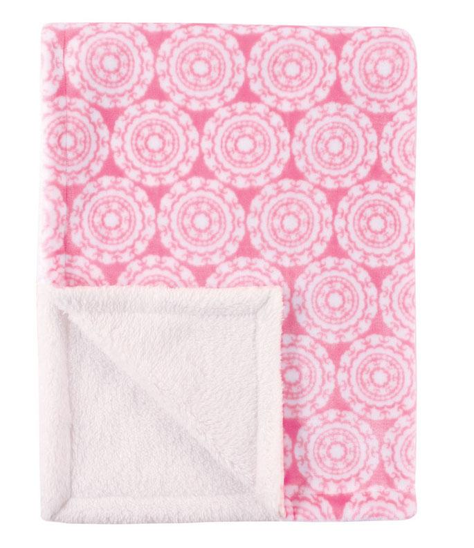 Hudson Baby Плед для девочек, 76 х 102 см, цвет: розовый06-0705Двусторонний плед от Hudson Baby - невероятно мягкий и уютный. Имеет прямоугольную форму, изготовлен из двух полотен. На лицевой стороне - плюш, на обороте - шерпа. Плед декорирован стильным принтом, перевязан подарочной лентой.