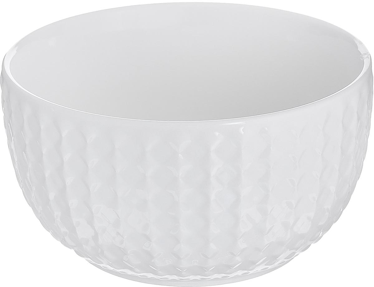 Миска Walmer Sapphire, диаметр 12 см115510Миска Walmer Sapphire изготовлена из высококачественного фарфора и с внешней стороны декорирована изысканным рельефом. Миска идеально подходит для подачи супов, каш, сервировки салатов, закусок или соусов. Можно мыть в посудомоечной машине и использовать в СВЧ. Диаметр (по верхнему краю): 12 см. Высота стенки: 6,5 см.