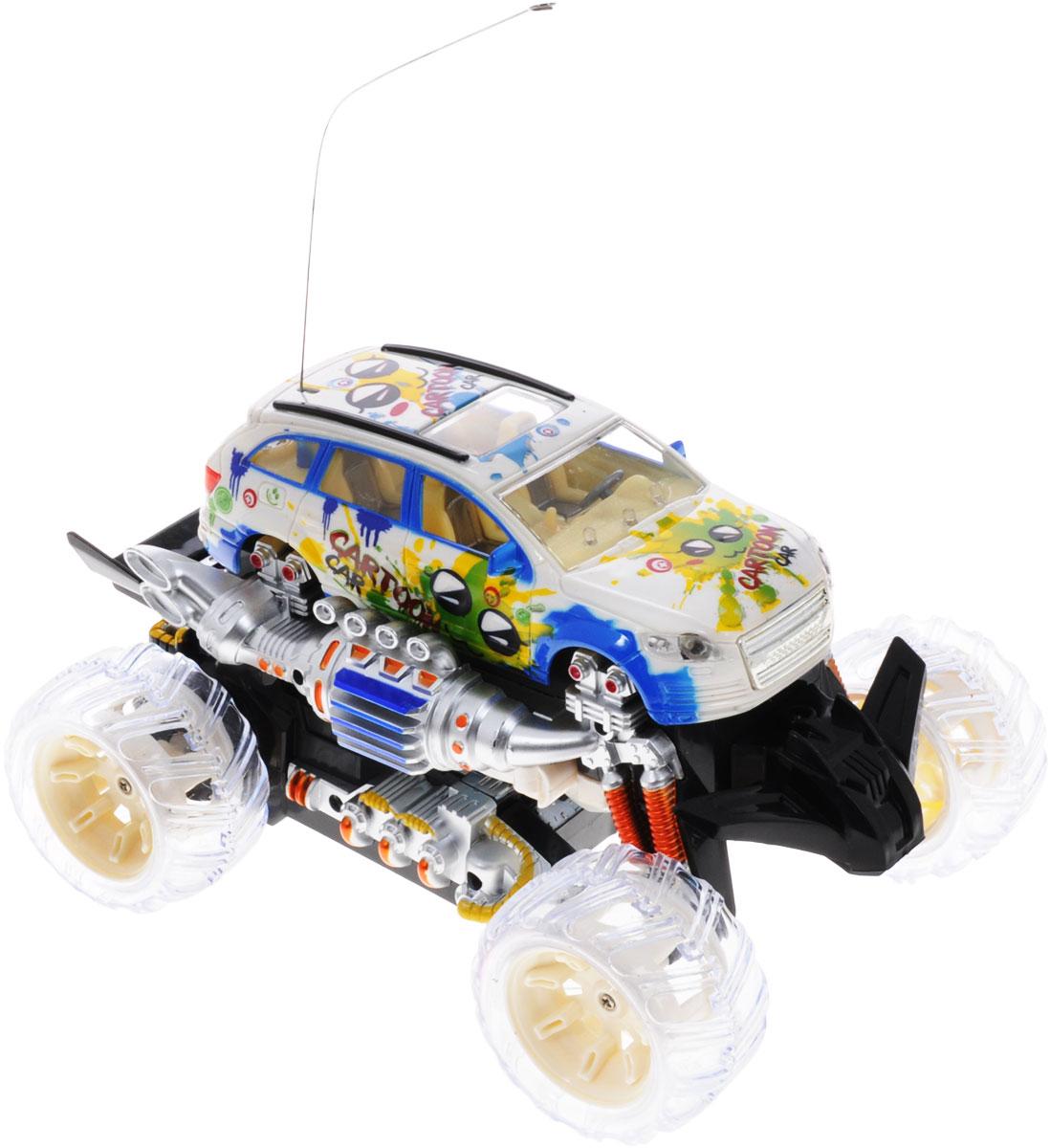"""Машина-трансформер на радиоуправлении Zhorya """"Автоагент"""", несомненно, понравится любому мальчишке. Яркий и оригинальный дизайн машинки точно понравится вашему ребенку. Игрушка выполнена в виде легковой машины, которая нажатием кнопки трансформируется в боевого робота. Модель изготовлена из прочного пластика, имеет прорезиненные колеса, которые обеспечивают надежное сцепление с поверхностью, и дополнена световыми эффектами. Игрушка может вращаться на 360°, она двигается вперед, дает задний ход, поворачивает влево и вправо, останавливается. Модель передвигается под музыку, а подсветка делает это зрелище еще более впечатляющим. Пульт имеет эргономичные ручки, благодаря чему его удобно держать. Ваш ребенок часами будет играть с моделью, придумывая различные истории и устраивая соревнования. Порадуйте его таким замечательным подарком! Пульт управления работает на частоте 27 MHz. Игрушка работает от сменного аккумулятора (входит в комплект). Для..."""