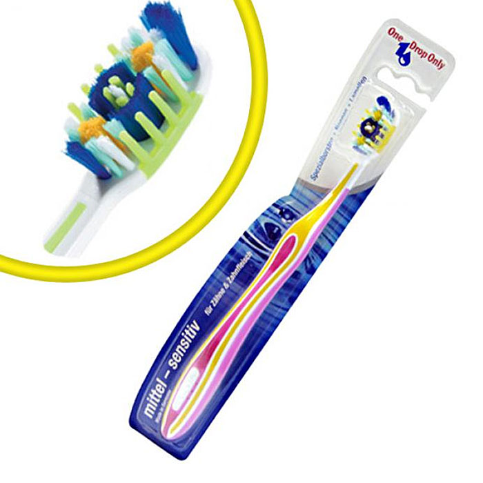 One Drop Only Зубная щетка для чувствительных зубов, цвет: желтый, розовый162311_зеленыйЗубная щетка One Drop Only является уникальной современной разработкой и предназначена для тщательного ухода за дёснами и их массажа. Её форма и конструкция специально разработана для качественной и максимальной очистки всех труднодоступных мест, включая узкие межзубные промежутки.Щётка имеет удобную нескользящую рукоятку, которая отлично держится в руке и не выпадает. Щетина щётки изготовлена по уникальной технологии, благодаря чему её можно применять для самых чувствительных зубов. Она имеет мягкую и упругую структуру, поэтому не наносит дополнительного вреда кровоточащим дёснам, успокаивает и снимает с них напряжение, а также укрепляет их структуру.Кроме этого, зубная щетка One Drop Only отлично выполняет свои основные функции: очищает зубы от бактериального налёта, удаляет все известные вредоносные микробы, предотвращает развитие кариеса, а также освежает дыхание на долгое время.Щётка One Drop Only предназначена для всех, кто имеет проблемы с дёснами. Кроме этого, она предназначена для обшей профилактики полости рта и подходит для ежедневного использования.Товар сертифицирован.