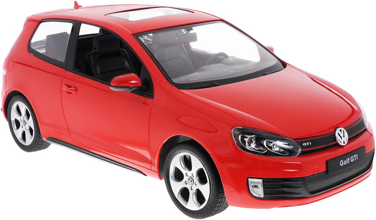 """Радиоуправляемая модель Rastar """"Volkswagen Golf GTI"""" станет отличным подарком любому мальчику! Все дети хотят иметь в наборе своих игрушек ослепительные, невероятные и модные автомобили на радиоуправлении. Тем более, если это автомобиль известной марки с проработкой всех деталей, удивляющий приятным качеством и видом. Одной из таких моделей является автомобиль на радиоуправлении Rastar """"Volkswagen Golf GTI"""". Это точная копия настоящего авто в масштабе 1:12. Авто обладает неповторимым провокационным стилем и спортивным характером. Потрясающая маневренность, динамика и покладистость - отличительные качества этой модели. Возможные движения: вперед, назад, вправо, влево, остановка. При движении загораются фары и стоп- сигналы. Машина работает от 5 батареек типа АА напряжением 1,5V, пульт работает от батарейки 9V типа """"Крона"""" (не входят в комплект)."""