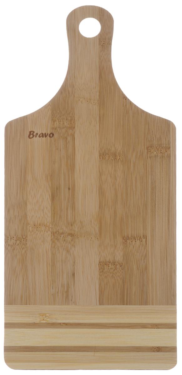 Доска разделочная Bravo, с ручкой, 32,5 х 15 см54 009312Доска разделочная Bravo изготовлена из бамбука. Она оснащена ручкой для удобной готовки.Функциональная и простая в использовании, разделочная доска Bravo прекрасно впишется в интерьер любой кухни и прослужит вам долгие годы. Не рекомендуется мыть в посудомоечной машине.Общий размер доски (с учетом ручки): 32,5 см х 15 см х 1 см.
