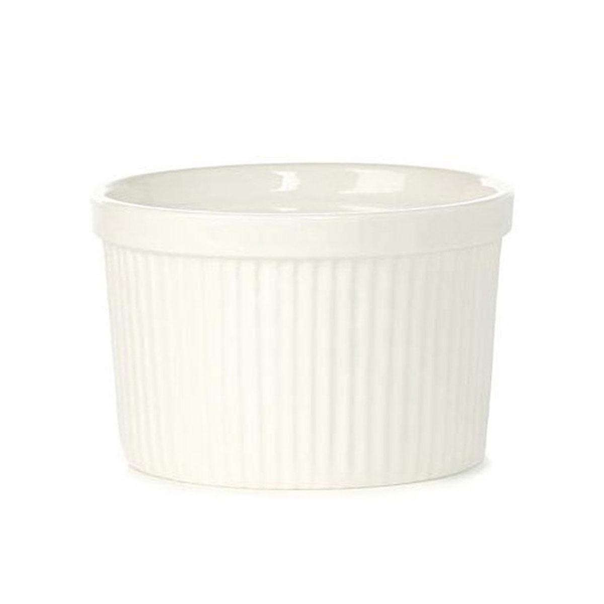 Порционная форма для выпечки BergHOFF Bianco, круглая, цвет: белый, диаметр 9 см94672Порционная форма для выпечки BergHOFF Bianco изготовлена из высококачественного фарфора с глазурованной поверхностью. Форму можно использовать для приготовления блюд, таких как крем-брюле, жульен, маффины и прочее. Изделие термоустойчиво, поверхность сохраняет свой цвет, а пища естественный аромат. Материал мягко проводит тепло для равномерного запекания.Подходит для мытья в посудомоечной машине.Диаметр формы: 9 см.Высота формы: 4,5 см.