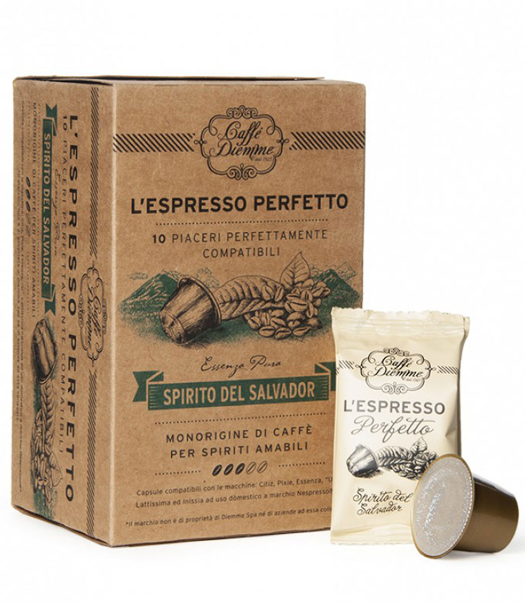 Diemme Caffe Spirito del Salvador кофе в капсулах, 10 шт0120710Diemme Caffe Spirito del Salvador - наиболее легкий аромат, являющийся результатом уникальной селекции произрастающего в Сальвадоре сорта Арабика Лавата. Его кисловатый привкус очень хорошо сочетается с какао, и полученный таким образом свежий и деликатный вкус делает этот кофе идеальным в любой момент дня.