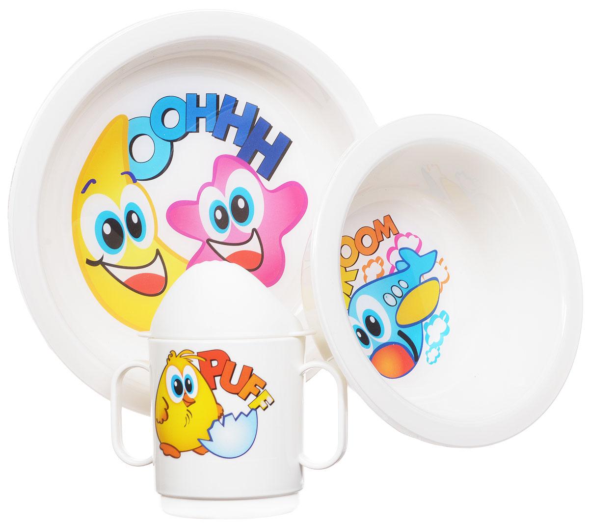 Cosmoplast Набор детской посуды Baby Tris Set 3 предметаSWC01-10Детский сервиз Baby Tris Set состоит из суповой тарелки, обеденной тарелки и чашки-поильника с двумя ручками. Яркие пластиковые тарелочки, оформленные красочными изображениями, прекрасно подойдут для кормления ребенка, или самостоятельного приема им пищи. Эргономичная форма позволит удобно держать тарелки во время кормления. Чашка-поильник со съемной крышечкой имеет две удобные ручки. Все предметы набора изготовлены из высококачественного пищевого пластика по специальной технологии, которая гарантирует простоту ухода, прочность и безопасность изделий для детей. Предметы сервиза оформлены красочными рисунками, которые обязательно понравятся вашему малышу.Элементы набора не содержат бисфенол-А. Уважаемые клиенты!Обращаем ваше внимание на возможные варьирования в дизайне товара. Поставка возможна в зависимости от наличия на складе.