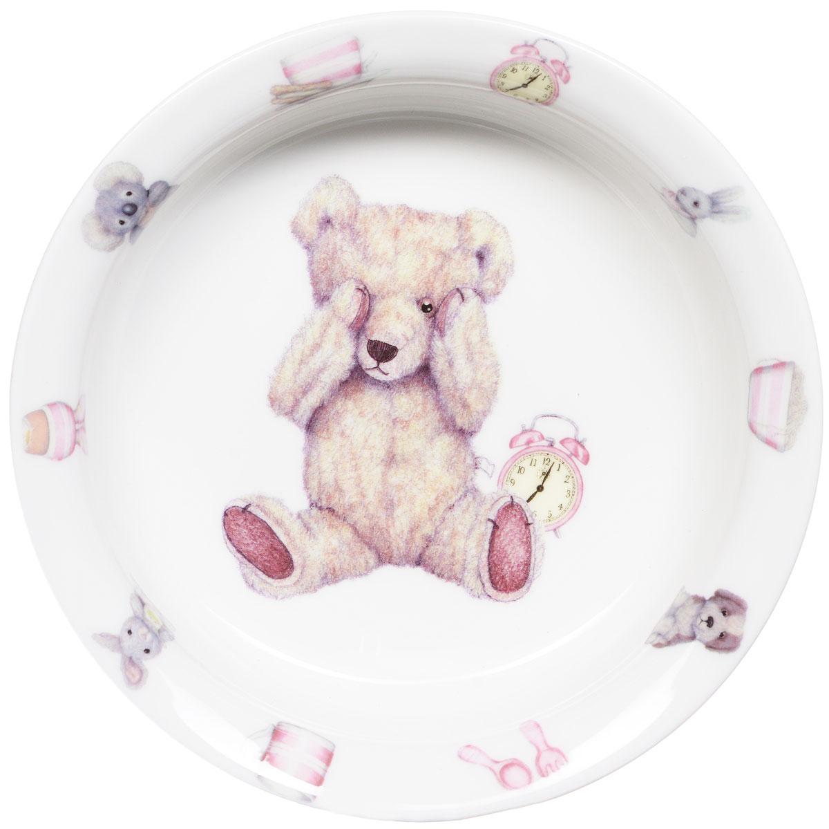 Roy Kirkham Миска Тедди тайм 15,5 см цвет розовыйDP-B10-329Фарфоровая миска Тедди тайм превратит процесс кормления вашего малыша в веселую игру. Очаровательный образ медвежонка Тедди - воплощение английской классики. В коллекции детской посуды и подарочных аксессуаров Тедди тайм английской компании Roy Kirkham, всемирно признанного бренда с более чем 40-летней историей, все предметы изготовлены из тонкостенного костяного фарфора - керамического материала высшего качества, отличающегося необыкновенной прочностью и небольшим весом. Ваш ребенок будет кушать с большим удовольствием, стараясь быстрее добраться до картинки с мишкой Тедди. Отвечает всем требованиям безопасности при контакте с пищей.