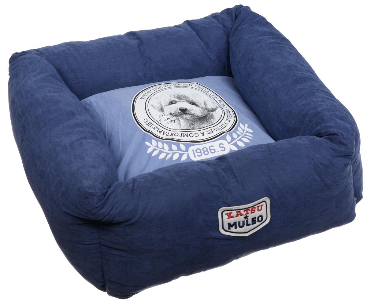 Лежак для собак Katsu Медалист, цвет: синий, 50 х 50 х 17 см0120710Мягкий и уютный лежак для собак Katsu Медалист обязательно понравится вашему питомцу. Лежак выполнен из мягкого материала. Внутри - мягкий наполнитель, который не теряет своей формы долгое время. Изделие имеет съемную внутреннюю подушку с изображением собачки. Высокие борта лежака обеспечат вашей собаке уют и комфорт. За изделием легко ухаживать, можно стирать вручную или в стиральной машине при температуре 40°С. Общий размер лежака: 50 х 50 х 17 см.Размер съемной подушки: 34 х 34 х 13,5 см.