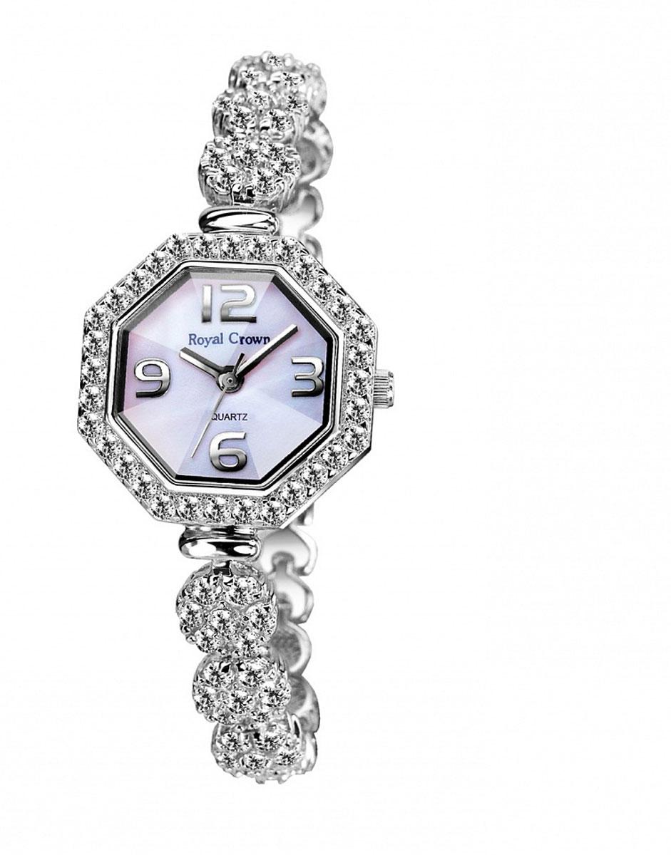 Часы наручные женские Royal Crown, цвет: серебристый. 3823-RDM-5ML597BUL/DНаручные кварцевые часы Royal Crown выполнены из высококачественного металла с напылением ионами стали и оформлены вставками из камней. Браслет оснащен удобной металлической застежкой, которая надежно зафиксирует изделие на запястье. Часы оснащены минеральным, устойчивым к царапинам, стеклом с сапфировым напылением и задней крышкой из гипоаллергенной нержавеющей стали.