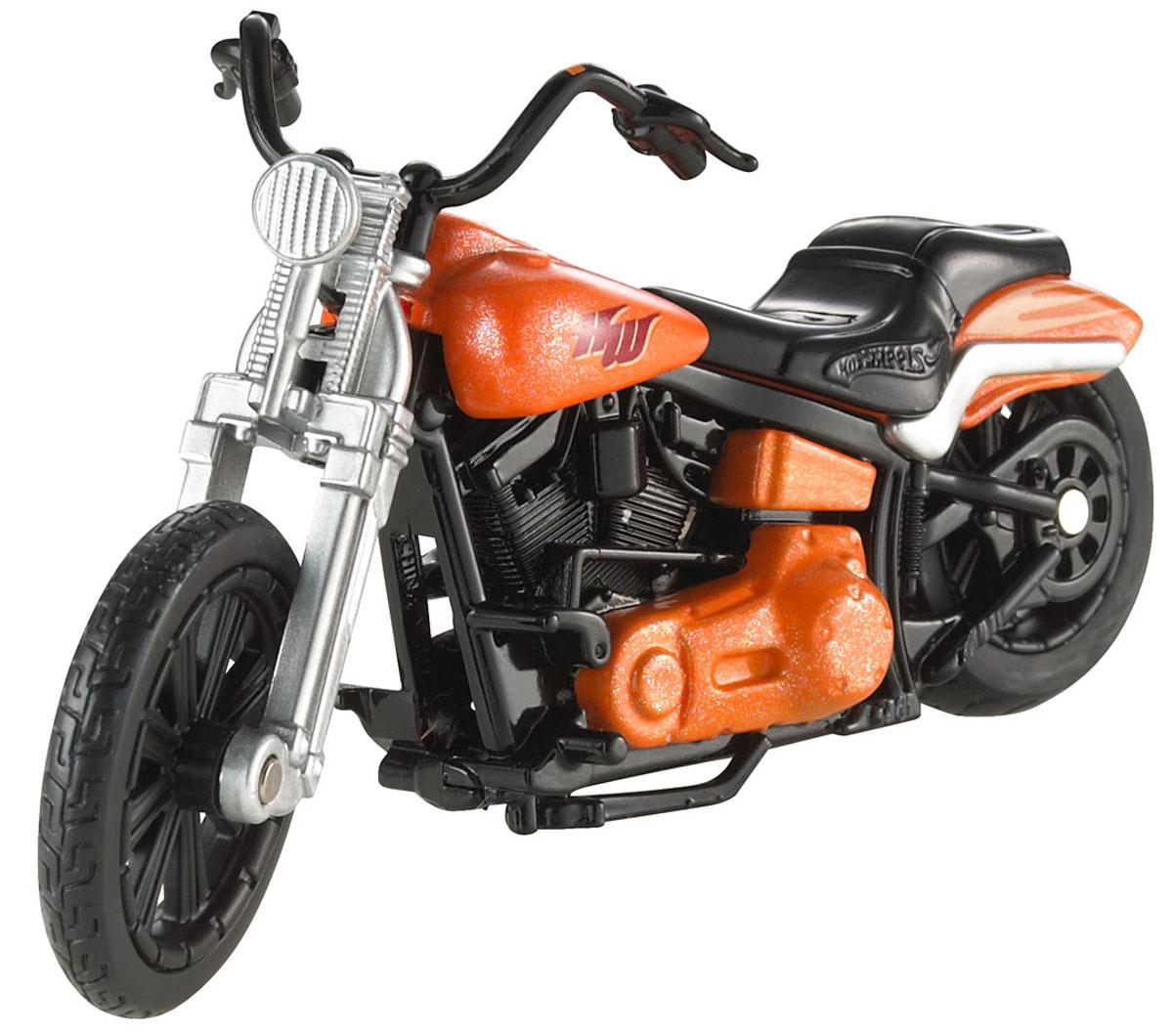 Эта коллекционная литая тюнингованная модель реального мотоцикла от Hot Wheels, выполненная в масштабе 1:18, предназначена для самых смелых трюков! Высокая степень детализации и яркий дизайн моделей позволят вам собрать свою эксклюзивную коллекцию знаменитых мотоциклов! В комплект входит один мотоцикл.