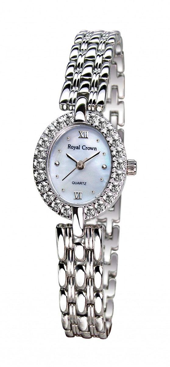 Часы женские наручные Royal Crown, цвет: серебряный, белый. 2100S-RDM-6BM8434-58AEЭлегантные женские часы Royal Crown изготовлены из латуни нержавеющей стали и минерального стекла. Корпус изделия оформлен чешскими цирконами, циферблат дополнен перламутром.Корпус часов оснащен кварцевым механизмом, который имеет степень влагозащиты равную 3 Bar, а также устойчивым к царапинам минеральным стеклом. Практичный складной замок, предусмотренный в конструкции браслета, позволит снимать и надевать часы.Часы поставляются в фирменной упаковке.Часы Royal Crown подчеркнут изящность женской руки и отменное чувство стиля у их обладательницы.