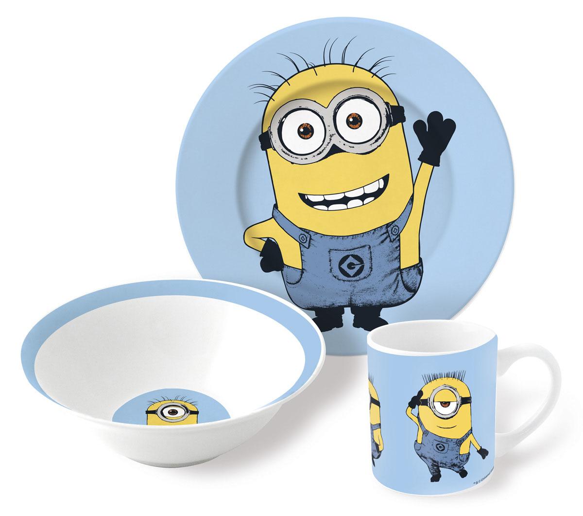 Гадкий Я Набор детской посуды 3 предмета77065Набор детской посуды Гадкий Я состоит из тарелки, миски и кружки. Предметы набора изготовлены из высококачественной керамики. Изделия оформлены красочными изображениями героев одноименного мультфильма.Яркий красочный набор привлечет внимание ребенка и сделает завтраки, обеды и ужины веселым занятием.Можно использовать в микроволновой печи и мыть в посудомоечной машине.