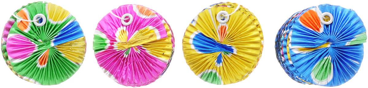 """Приближается День рождения или другая знаменательная дата? Создать праздничную атмосферу в доме поможет украшение Action! """"Радужная спираль"""", выполненная из фольги! Крепится очень просто, за специальную петельку возле верхушки, и с этим справятся даже дети. В наборе: 4 разноцветных украшения."""