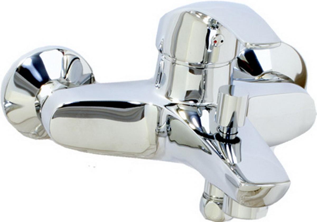 """Смеситель для ванны Argo Gamma29380Смеситель для ванны Argo Gamma предназначен для смешивания холодной и горячей воды, устанавливается на стену. Выполнен из высококачественного металла с покрытием из хрома. Корпус смесителя изготовлен путем токарно-фрезерной обработки цельнолитой заготовки. Применение данной технологии исключает вероятность существования микропор и межкамерных утечек. Душевая лейка имеет 4 позиции: душ, массаж, аэро, душ/аэро.Запорный механизм: картридж d-40 мм Short-size Sedal.Тип дайвотера: штоковый.Аэратор: М28х1 Neoperl Cascade SLC Антикалькар 22,8-25,2 л/мин при 0,3 МПа.Крепеж: эксцентрик усиленный 3/4"""" x 1/2"""" с редуктором шума, прокладка-фильтр."""