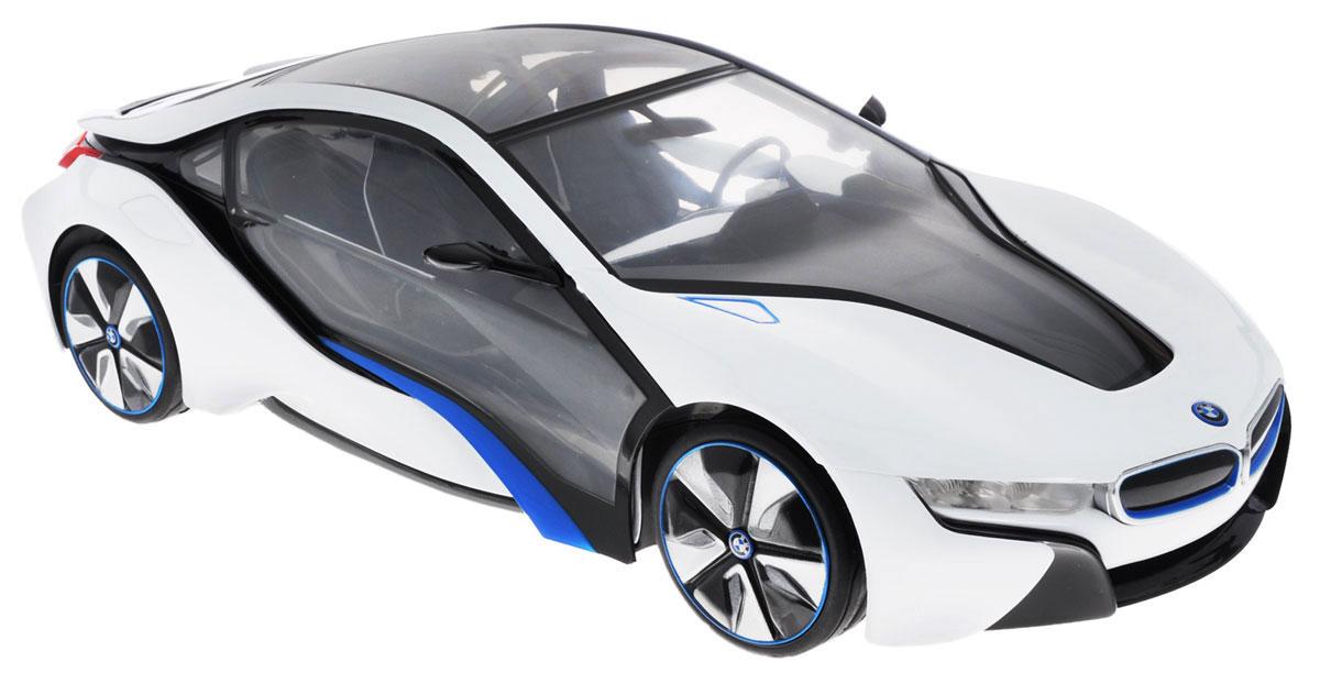 """Радиоуправляемая модель Rastar """"BMW I8"""" невероятно точно повторяет роскошный силуэт настоящего автомобиля. Маневренная и реалистичная выполнена в точной детализации с настоящим автомобилем в масштабе 1:14. Управление машиной происходит с помощью пульта. Машинка двигается вперед и назад, поворачивает направо, налево и останавливается. Имеются световые эффекты. Колеса игрушки прорезинены и обеспечивают плавный ход, машинка не портит напольное покрытие. Радиоуправляемые игрушки способствуют развитию координации движений, моторики и ловкости. Ваш ребенок часами будет играть с моделью, придумывая различные истории и устраивая соревнования. Машина работает от 5 батареек напряжением 1,5V типа АА (не входят в комплект). Пульт управления работает от батарейки 9V типа """"Крона"""" (не входит в комплект)."""
