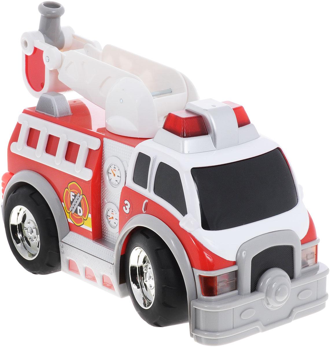 """Яркая машина на радиоуправлении Toystate """"Rush & Rescue"""" со звуковыми и световыми эффектами, несомненно, понравится вашему ребенку и не позволит ему скучать. Игрушка выполнена в виде мощной пожарной машины с лестницей. Лестница вращается. При нажатии на кнопки, расположенные на борту машины, светятся огни автомобиля, воспроизводятся звуки двигателя и сирены. Машина управляется с помощью пульта дистанционного управления. Пульт имеет три большие кнопки, обеспечивающие удобство использования для маленьких ручек. Ваш ребенок часами будет играть с машинкой, придумывая различные истории и устраивая соревнования. Порадуйте его таким замечательным подарком! Для работы игрушки необходимы 3 батарейки типа АА (товар комплектуется демонстрационными). Для работы пульта управления необходимы 3 батарейки типа ААА (не входят в комплект)."""