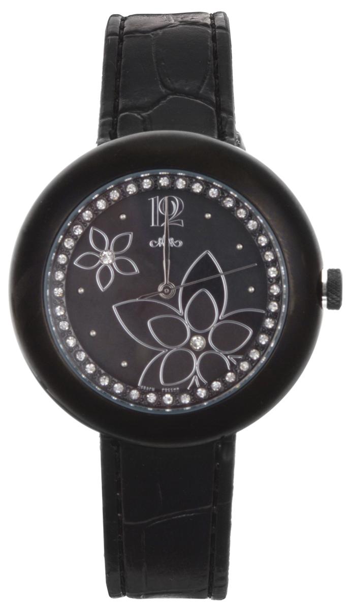 Часы женские наручные Mikhail Moskvin Каприз, цвет: черный. 584-11-5BM8434-58AEЭлегантные женские часы Mikhail Moskvin Каприз изготовлены из нержавеющей стали, натуральной кожи и минерального стекла. Циферблат часов украшен стразами, изображением цветов и символикой бренда.Корпус часов оснащен кварцевым механизмом, имеет степень влагозащиты равную 3 Bar, а также дополнен устойчивым к царапинам минеральным стеклом. Ремешок часов украшен тиснением под рептилию, оснащен классической пряжкой, которая позволит с легкостью снимать и надевать изделие.Часы поставляются в фирменной упаковке.Часы Mikhail Moskvin Каприз подчеркнут изящность женской руки и отменное чувство стиля у их обладательницы.
