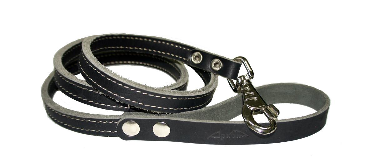 Поводок для собак Аркон Стандарт, цвет: черный, ширина 1,6 см, длина 140 смп16/2чПоводок для собак Аркон Стандарт изготовлен из высококачественной натуральной кожи. Карабин выполнен из легкого сверхпрочного сплава. Изделие отличается не только исключительной надежностью и удобством, но и привлекательным современным дизайном.Поводок - необходимый аксессуар для собаки. Ведь в опасных ситуациях именно он способен спасти жизнь вашему любимому питомцу. Иногда нужно ограничивать свободу своего четвероногого друга, чтобы защитить его или себя от неприятностей на прогулке. Длина поводка: 140 см.Ширина поводка: 1,6 см.