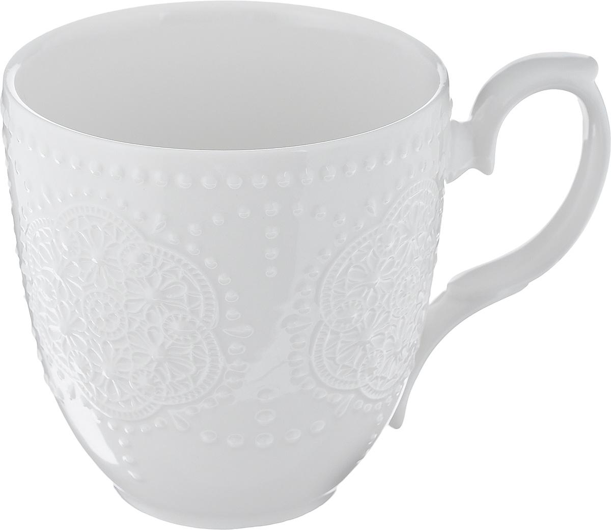 Кружка Walmer Vivien, цвет: белый, 350 мл115610Кружка Walmer Vivien изготовлена из высококачественного фарфора. Изделие оформлено изысканным рельефным орнаментом.Такая кружка прекрасно оформит стол к чаепитию и станет его неизменным атрибутом. Не рекомендуется применять абразивные моющие средства. Диаметр (по верхнему краю): 9 см.Высота: 9,5 см.