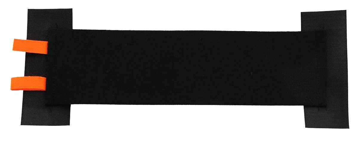Карман багажный Masterprof, 36 х 10 смTD 0033Багажный карман Masterprof предназначен для организации порядка в багажнике вашего автомобиля. Позволяет надежно удерживать емкости и предметы среднего размера (огнетушитель, банка автомобильного масла). Широкий карман на износостойкой ленте-липучке предназначен для багажников любых автомобилей с ворсовым слоем. Ширина кармана: 10 см. Длина кармана: 36 см.