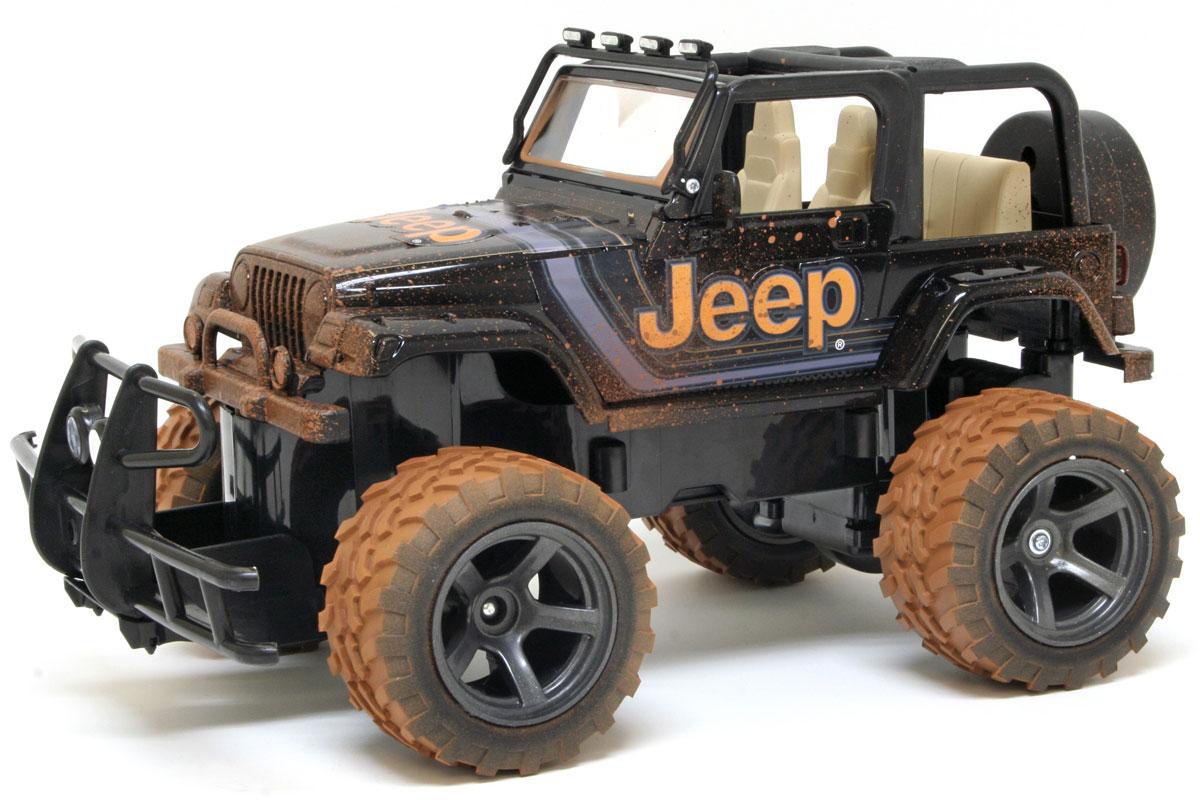 """Культовый американский автомобиль Jeep Wrangler обязательно привлечет ваше внимание. Маневренная и реалистичная уменьшенная копия New Bright """"Jeep Wrangler"""" выполнена в точной детализации с настоящим автомобилем в масштабе 1:15. Управление машиной происходит с помощью пульта. Пульт управления работает на частоте 27 MHz. Внедорожник двигается вперед и назад, поворачивает направо и налево. Колеса игрушки прорезинены и обеспечивают плавный ход, машина не портит напольное покрытие. Радиоуправляемые игрушки способствуют развитию координации движений, моторики и ловкости. Ваш ребенок часами будет играть с моделью, придумывая различные истории и устраивая соревнования. Порадуйте его таким замечательным подарком! Для работы машины необходимо купить 5 батареек типа АА (не входят в комплект), для работы пульта управления необходимо купить 2 батарейки типа АА (не входят в комплект)."""
